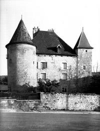 Château Pécaud et Tour Velfaux