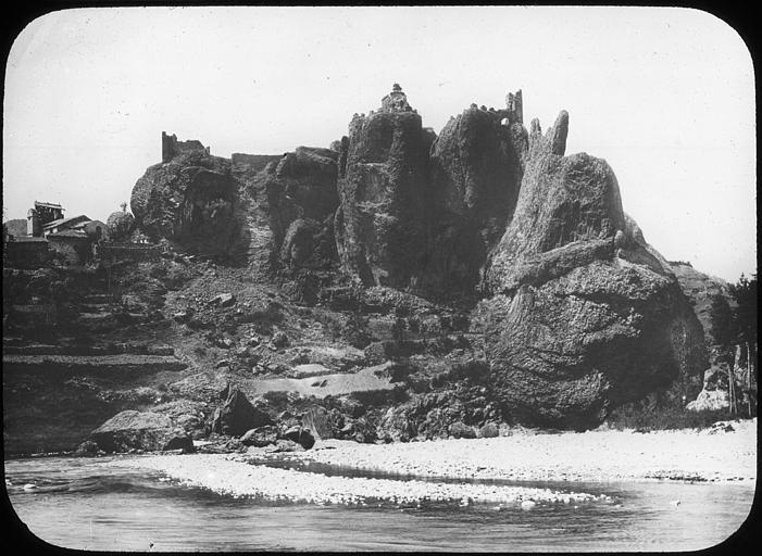 Restes du Château fort