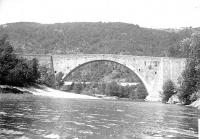 Pont sur le Doux dit le Grand Pont (également sur commune de Saint-Jean-de-Muzols)