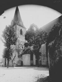 Enceinte médiévale de la ville (vestiges du mur)