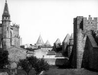 Eglise Saint-Saturnin et ancienne maison presbytérale attenante