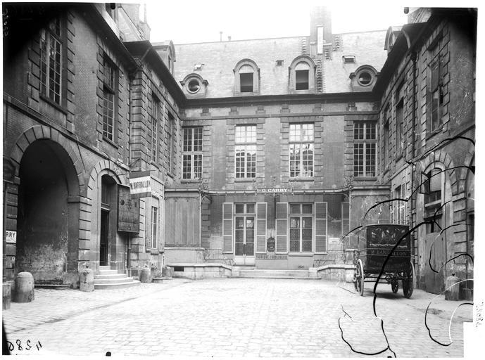 Ancien Hôtel Mégret de Sérilly