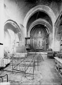 Eglise (ancienne) et tour attenante
