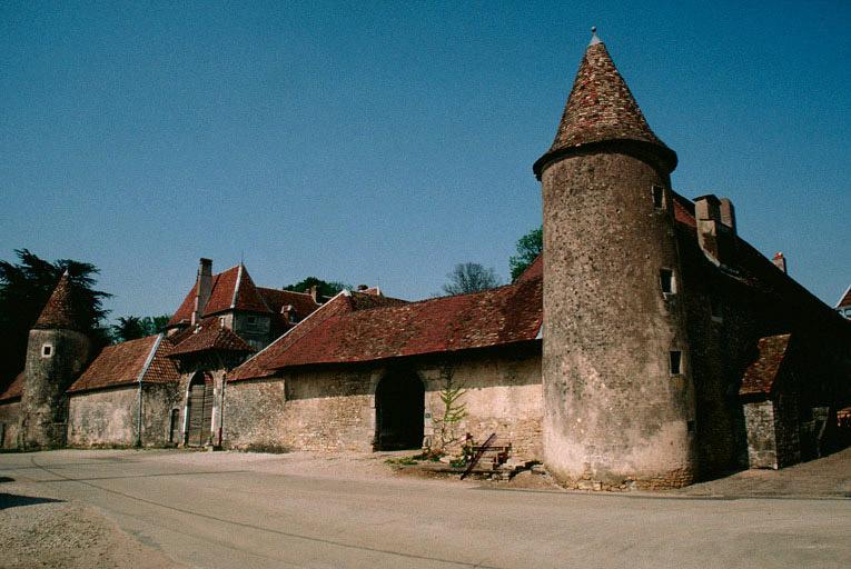 Château de Bonnay, замки Франш-Конте, достопримечательности Франции