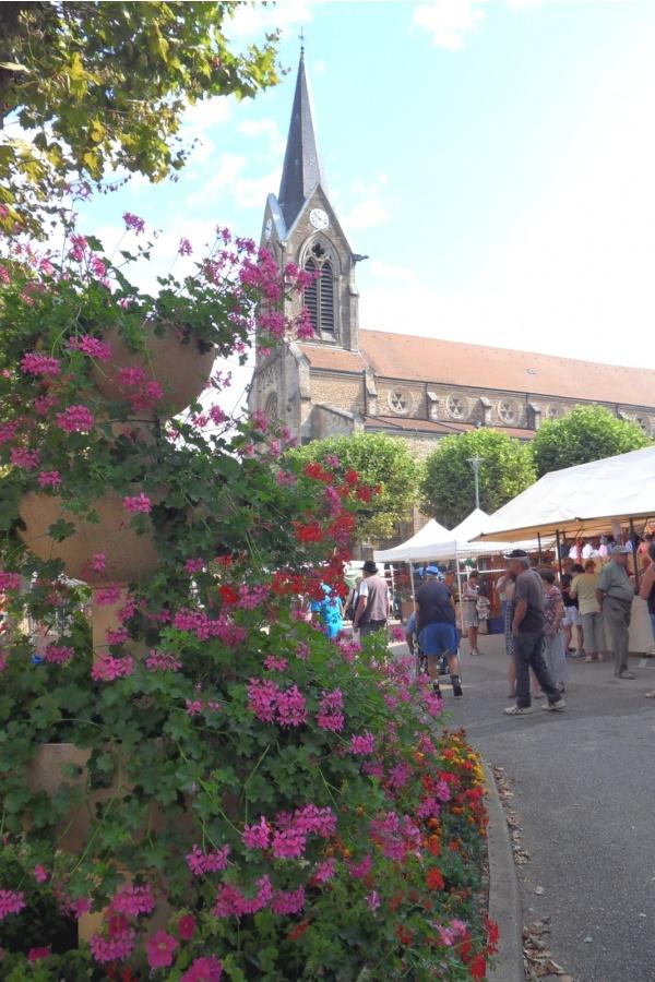 Photo Coligny - Eglise de Coligny.01.