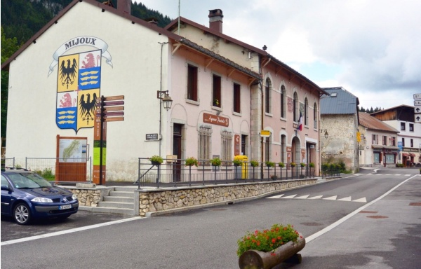 Mijoux Ain-Centre ville.