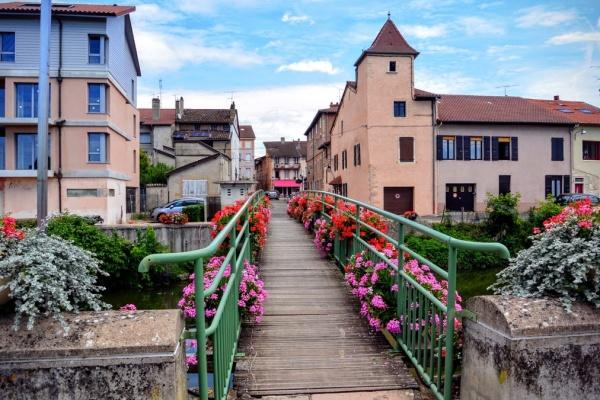 Pont de Vaux 01 - Eté 2016 - G.