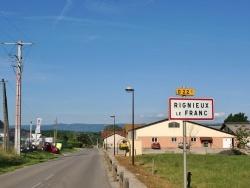 Photo paysage et monuments, Rignieux-le-Franc - Le Village