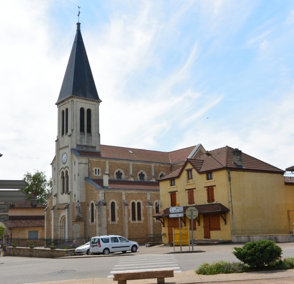 Eglise de Saint-Julien sur reyssouze.01
