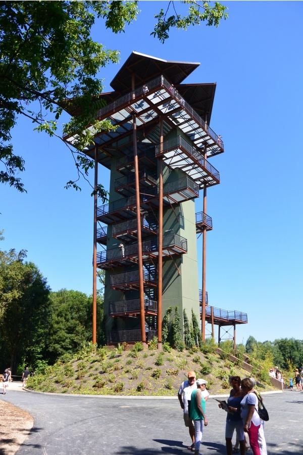 Villars les Dombes.Parc des oiseaux,tour panoramique, 27 m.
