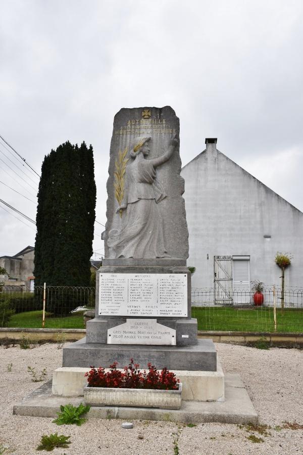 Photo Autreville - le Monument Aux Morts