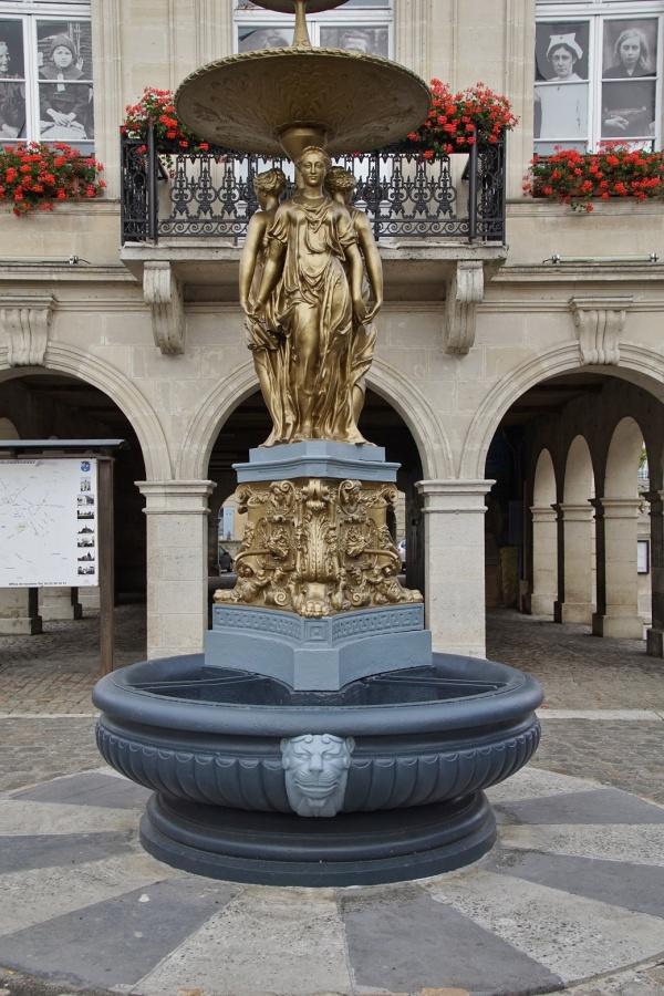 Photo Blérancourt - la fontaine