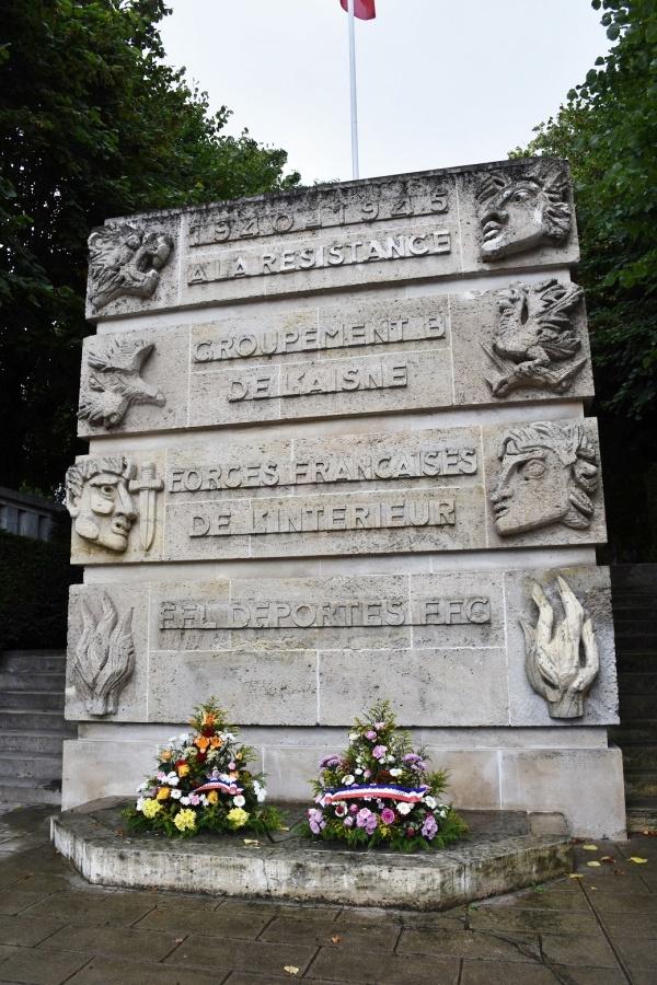 Photo Chauny - le monument aux morts