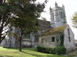 Photo paysage et monuments, Chézy-en-Orxois - Arrière de l'Église coté rue de la Gare