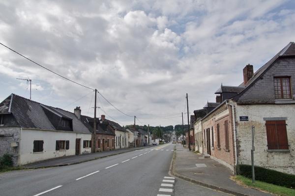 Photo Étréaupont - le Village