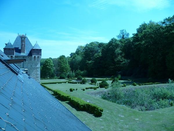 chateau de festieux le jardin a la francaise