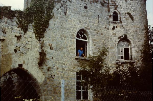 Photo Fourdrain - La fenêtre de la chambre où je suis né 35 ans auparavant ...