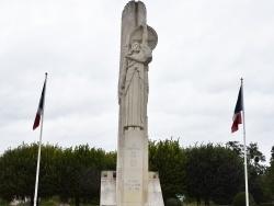 Photo paysage et monuments, Laon - Le Monuments aux Morts