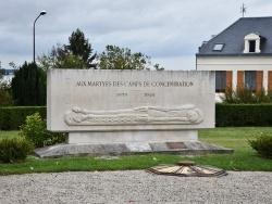 Photo paysage et monuments, Laon - le monument Aux Morts