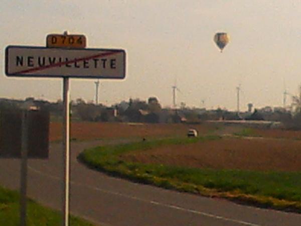 Photo Neuvillette - montgolfiére de passage