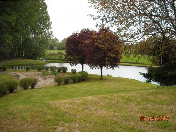Photo Neuvillette - étang du village la fontaine