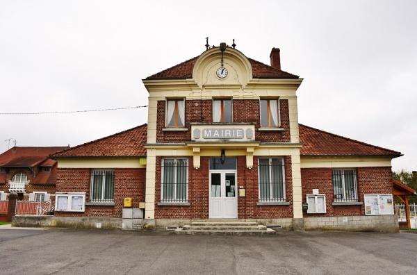 Photo Saint-Paul-aux-Bois - La Mairie