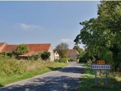 Photo paysage et monuments, Brugheas - Entrée du Village