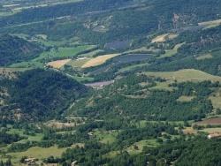 Photo paysage et monuments, Le Castellard-Melan - Champs de lavandins en fleur en 2015 vers la Tuilière