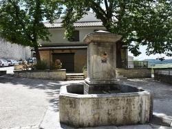 Photo paysage et monuments, Dauphin - la fontaine