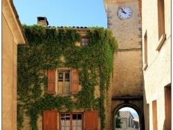 Photo paysage et monuments, Lurs - Sortons du village.