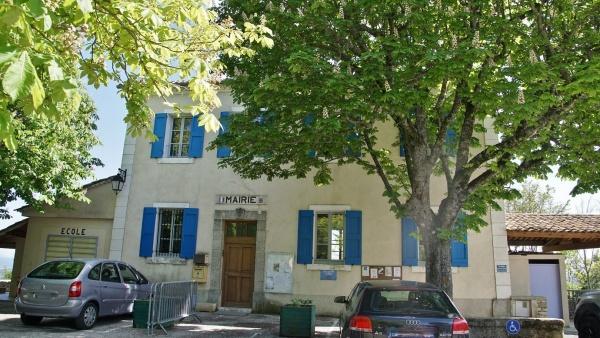 Photo Montfuron - la mairie
