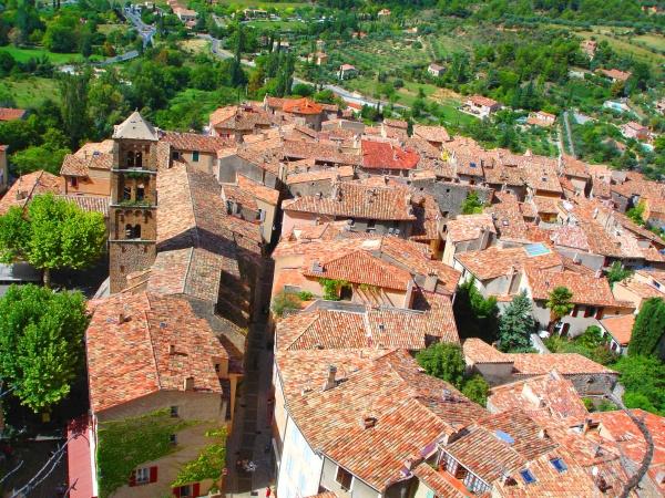 Photo Moustiers-Sainte-Marie - Le village de Moustiers (04)