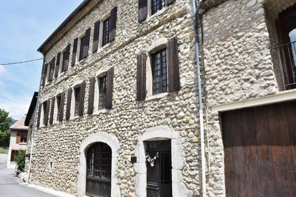Photo Aspremont - le Village