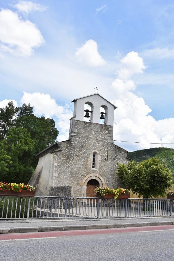 Photo Aspremont - église Saint Pierre