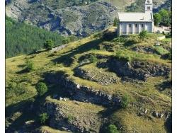 Photo paysage et monuments, Rabou - Le village au bord des gorges du Buech.