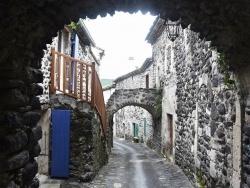 Photo paysage et monuments, Alba-la-Romaine - le village