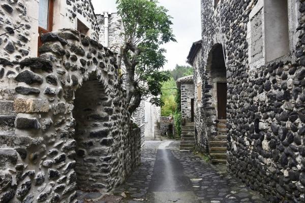 Photo Alba-la-Romaine - le village