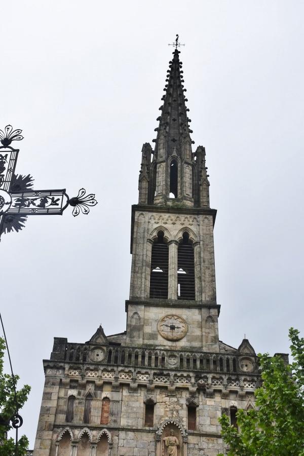 Photo Banne - église Saint Pierre