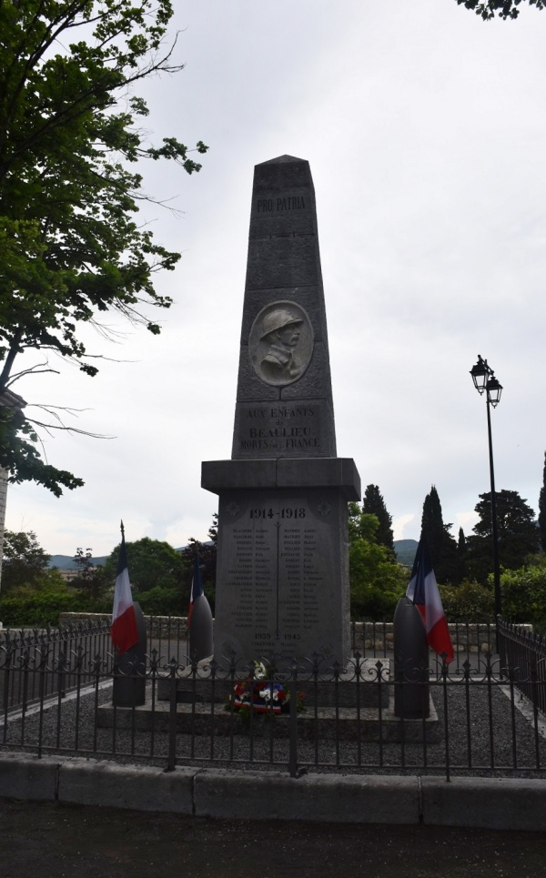 Photo Beaulieu - le Monument Aux Morts