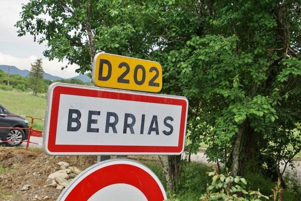 Photo Berrias-et-Casteljau - berrias et casteljau (07460)