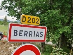 Photo paysage et monuments, Berrias-et-Casteljau - berrias et casteljau (07460)
