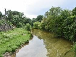 Photo paysage et monuments, Berrias-et-Casteljau - la rivière