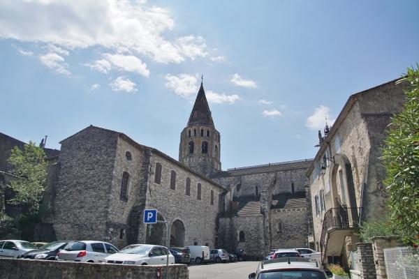 Photo Bourg-Saint-Andéol - église Saint Andeol