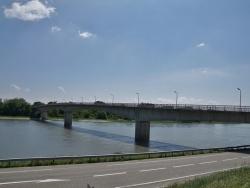 Photo paysage et monuments, Bourg-Saint-Andéol - le Pont