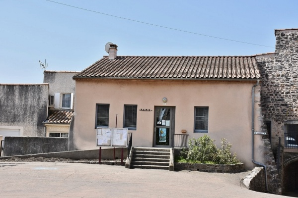 Photo Lachapelle-sous-Aubenas - la Mairie
