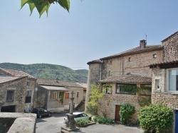 Photo paysage et monuments, Lachapelle-sous-Aubenas - le village