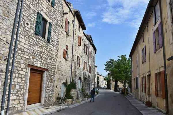 Photo Lagorce - le Village