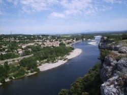Photo paysage et monuments, Saint-Martin-d'Ardèche - Le village et le mont Ventoux