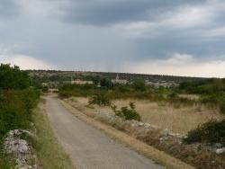 Photo paysage et monuments, Saint-Remèze - st remèze entouré de vigne