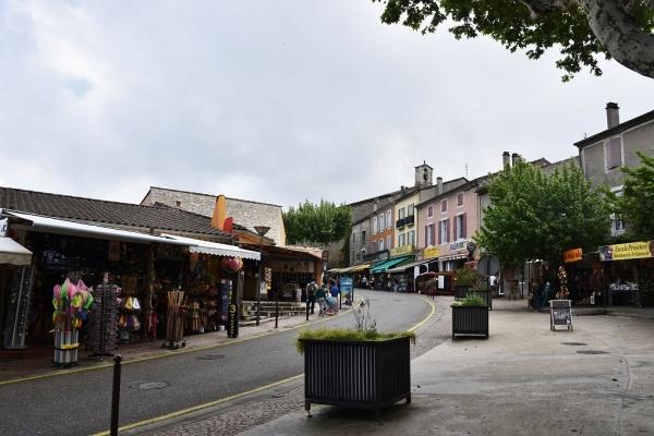 Photo Vallon-Pont-d'Arc - le village